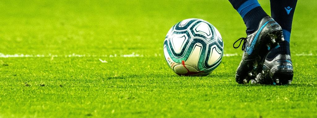 Nostata Euro 2021 kuumetta kolikkopeleillä